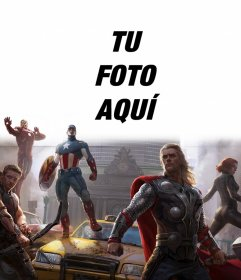 Montaje de los primeros Vengadores defendiendo la ciudad con tu foto encima