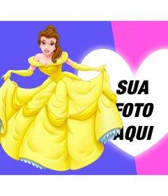 Composição com a princesa Bella vestida de gala ao lado de sua foto