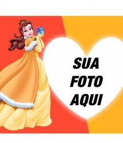 Composição com a Princesa Bela ea Fera com um presente e uma foto com o seu coração