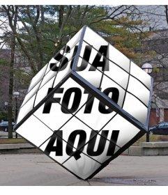 Rubiks Cube como um monumento da rua onde você pode colocar sua imagem