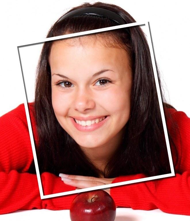 Efeito de moldura fotográfica online dentro de uma foto