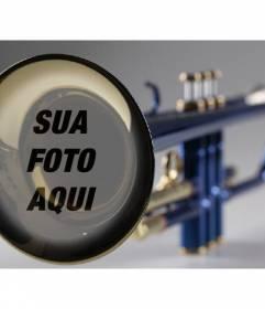 Fotomontagem com um trompete para colocar a imagem que você quer e adicionar algum texto