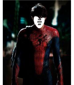 Con questo fotomontaggio mettere la vostra faccia sul corpo di Spiderman
