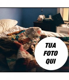 Collage di mettere una foto su una scena di risveglio con un letto sfatto
