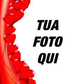 Bordo per le foto in forma di cuori rossi, dove si può mettere la tua foto