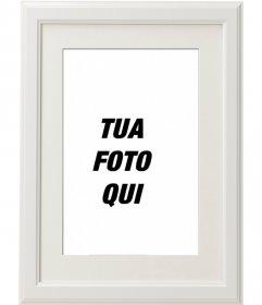 Elegante e minimalista photoframe bianco per decorare le vostre foto preferite e inviarle via e-mail o whatsapp e sociali di condivisione multimediale