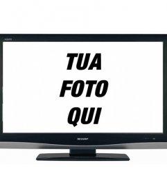 Il tuo illusione di essere sempre in tv? Con questo curioso fotomontaggio, la foto viene visualizzata su un display LCD schermo televisivo
