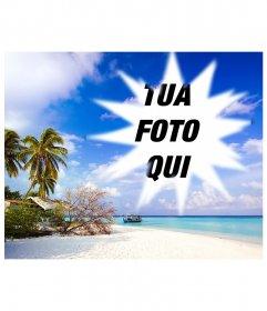Include una foto incorniciata in questo apparentemente idilliaco dei Caraibi, dove si vede, sotto un cielo blu con nuvole bianche della spiaggia di sabbia fine su cui vi è un rifugio di fortuna tra i vari alberi, arbusti e palme. In acqua, molto calmo, blu turchese, che indica poco profonde vicino alla spiaggia, vediamo una chiatta