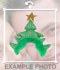 Vestiti di Natale con questo cappello albero per le tue foto per