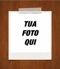 Photo frame su uno sfondo di legno