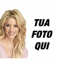Fotomontaggio con Shakira bionda con lunghi capelli ondulati di mettere la tua foto e testo