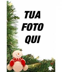 Cartolina di Natale con ornamenti pupazzo di neve e di mettere la tua foto