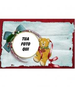 Cartolina di Natale con orsacchiotto e cravatta con cornice rotonda in cui si può mettere la vostra foto