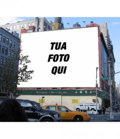 Billboard fotomontaggio di un edificio dove si può mettere una fotografia