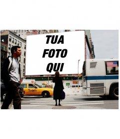 Fotomontaggio di mettere la tua foto su un cartellone in una strada di New York