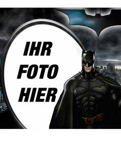 Collage ilutstrado Batman, The Dark Knight, silhouetted gegen Gotham