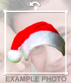 Fotomontage, um einen Weihnachtshut in Ihr Online-Foto zu stellen