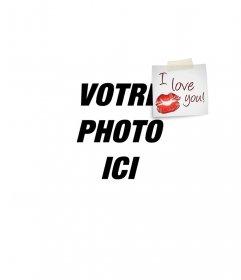 Mettez un postit I LOVE YOU avec un baiser sur la photo, parfait pour la Saint-Valentin compliment