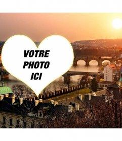 Carte postale avec une image de Prague de mettre votre coeur en forme de photo