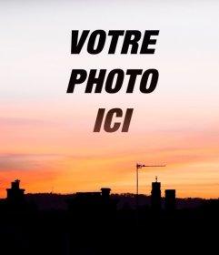 Coucher de soleil dans une ville où vous pouvez mettre votre photo en arrière-plan