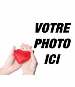 """Collage romantique pour ajouter un coeur rouge délivrée par les mains d""""une femme"""