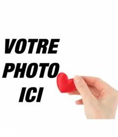 Collage romantique avec une main offrant un coeur fait de tissu rouge pour mettre votre photo