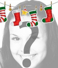 Cadre photo avec une décoration de style poêle de Noël avec des chaussettes de Noël. effet