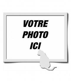 """Cadre photo numérique, dans lequel on peut voir un cadre gris, accompagné par la forme d""""un chat de la même couleur, stationnés en bas à droite de la composition"""