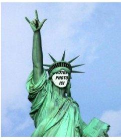 Photomontage dans lequel vous allez mettre votre visage sur cette Statue particulière de leffet photo drôle Liberty pour modifier avec votre photo et de mettre votre visage en face de la célèbre Statue de la Liberté, mais avec une pose originale qui fait des cornes de sa main comme un bascule. Utilisez cet effet que votre photo de profil pour se démarquer dans vos réseaux sociaux et de faire rire vos amis