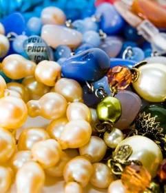 Jeu pour jouer avec un des colliers et des photos de bijoux pour mettre votre photo à trouver