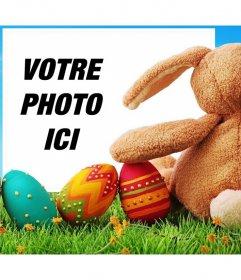 Lapin de Pâques avec des oeufs décorés pour télécharger votre photo