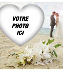 Love frame éditable avec un couple sur la plage pour votre photo
