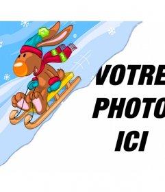 Photomontage de lenfant avec un renne sur un traîneau de neige