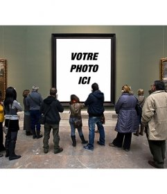 Photomontage dans le Museo del Prado avec les visiteurs regardent une peinture de mettre une photo dans le trou