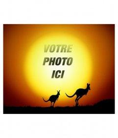 """Mettez votre photo en arrière-plan du soleil dans un paysage avec les kangourous sautant dans le coucher du soleil. Créez facilement la composition de l""""éditeur de cette page, vous pouvez sauvegarder le résultat ou l""""envoyer par courriel"""