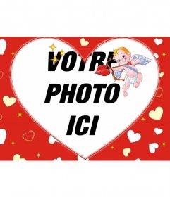 Cadre photo pour une photo en forme de coeur et le fond rouge des coeurs et Cupidon