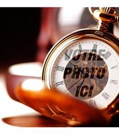 Montage photo avec une montre de poche en or