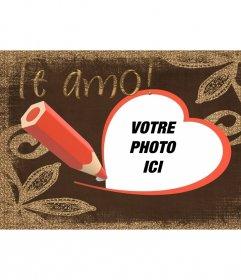 """Carte postale avec Je t""""aime texte dessiné avec le stylo et et un rouge en forme de coeur"""