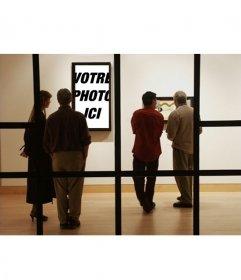 Photomontage de mettre votre photo en un musée moderne