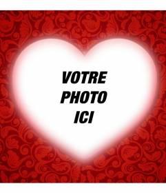 Carte romantique avec un coeur pour personnaliser votre photo avec un cadre rouge et ajouter du texte