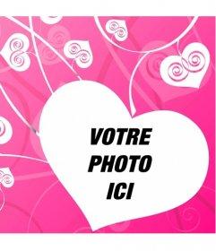 """Photomontage de l""""amour pour décorer vos photos romantiques avec un fond de coeurs blancs sur fond rose créant un effet de l""""amour"""