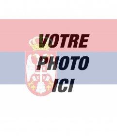 Photo collage de mettre le drapeau de la Serbie avec la photo que vous téléchargez