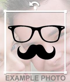 Soyez hippie avec cet effet de lunettes et moustaches carrés pour Photomontage de vos photos pour modifier en ligne avec un de vos photos et de coller sur les lunettes carrées et une moustache comme un autocollant personnalisable pour lui donner un style hipster dans vos photos et gratuit