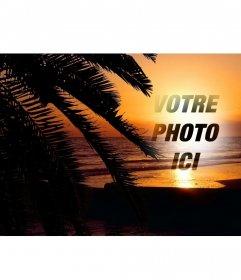Mettez votre photo en ligne à un coucher de soleil dans un paysage idyllique dun