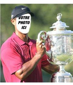 Modèle de Tiger Woods levant un verre pour éditer et mettre un