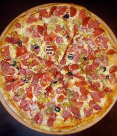 Hide your picture in this delicious pizza to have fun playing with people to find you in it