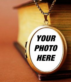 Your photo in a vintage pendant with this photomontage online